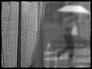Lluvia tras la ventana